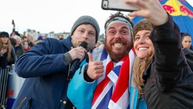 游泳5个月不上岸! 英男子创4项世界纪录居
